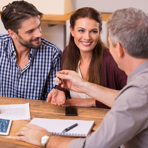 couple with mortgage lender